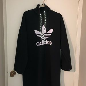 ADIDAS SWEATER DRESS SIZE M